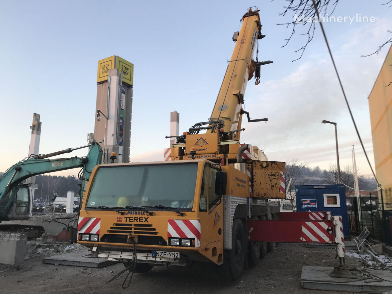 AC100 on chassis DEMAG AC100 mobile crane