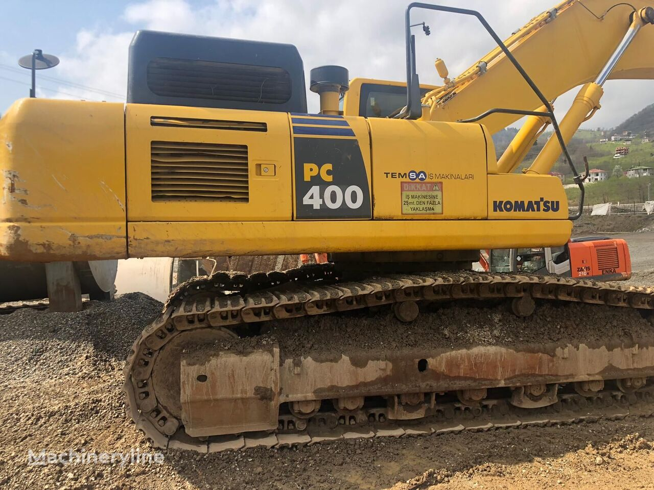KOMATSU PC400-8 tracked excavator