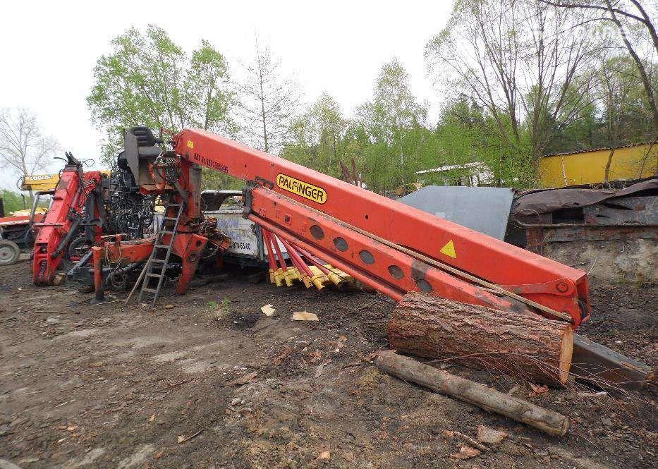 PALFINGER PK220 loader crane