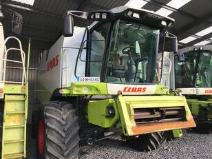 CLAAS Lexion 540 grain harvester