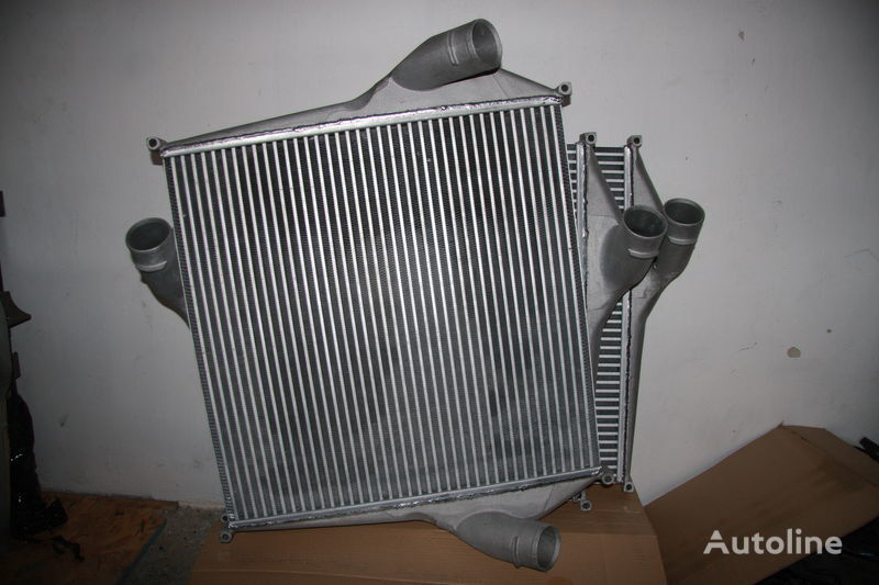 new interkuler RENAULT MAGNUM 390,430,470 engine cooling radiator for tractor unit