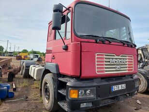 MAN 26414 6x2 chassis truck