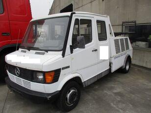 MERCEDES-BENZ 410D tow truck