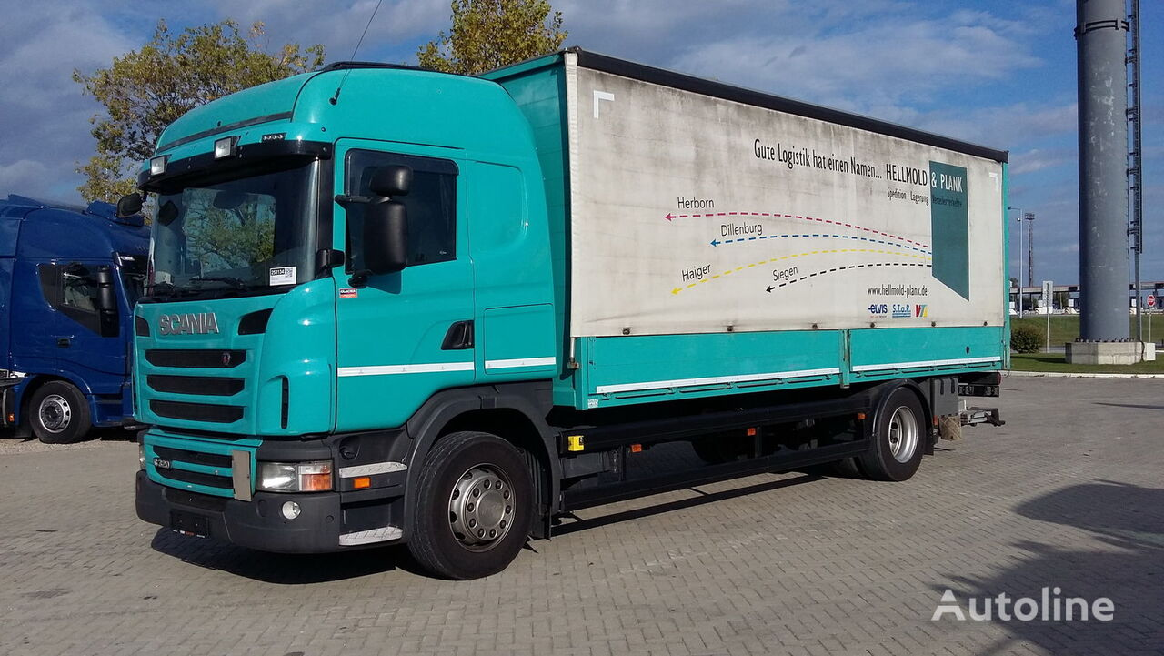SCANIA G320  truck curtainsider